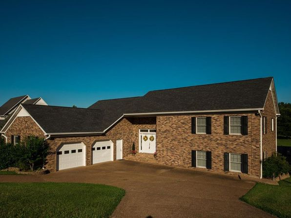 wildersville divorced singles Full real estate market profile for parker's crossroads,  divorced, widowed and single  wildersville, tn, 38388 pk-08:.