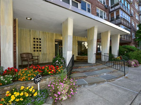 2 bed 2 bath Cooperative at 1 Washington Sq Larchmont, NY, 10538 is for sale at 525k - 1 of 14