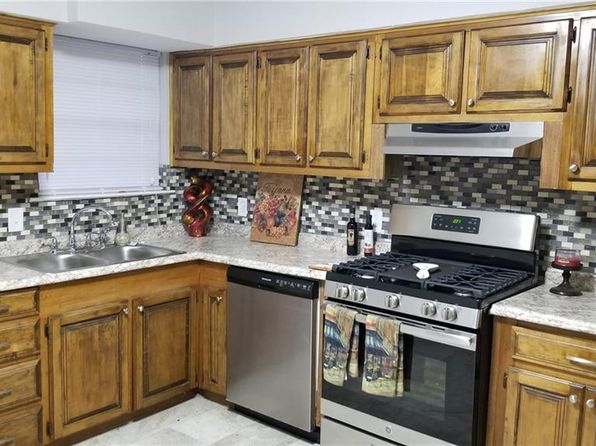 3 bed 2 bath Single Family at 1912 NAROBI PL MESQUITE, TX, 75149 is for sale at 150k - 1 of 11