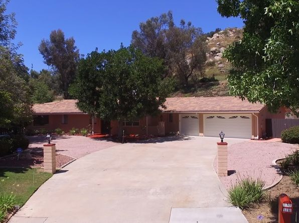 3 bed 3 bath Single Family at 1050 Rancho Valle Ct El Cajon, CA, 92020 is for sale at 769k - 1 of 25