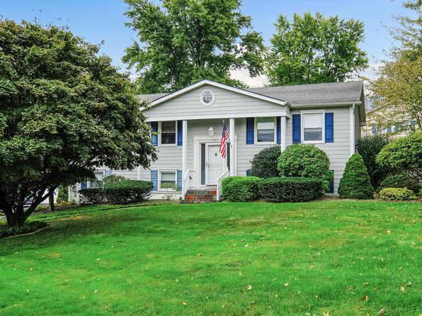 4 bed 2 bath Single Family at 403 London Rd Yorktown Heights, NY, 10598 is for sale at 450k - 1 of 18