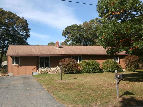 2 bed 2 bath Single Family at 199 Beth Ln Hyannis, MA, 02601 is for sale at 315k - 1 of 22
