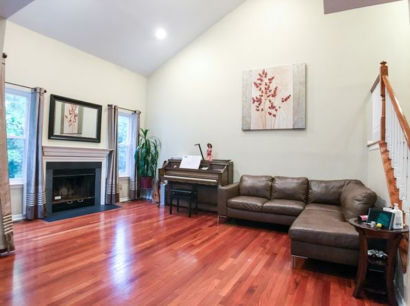 3 bed 4 bath Townhouse at 33 Treat Ln East Brunswick, NJ, 08816 is for sale at 415k - 1 of 27