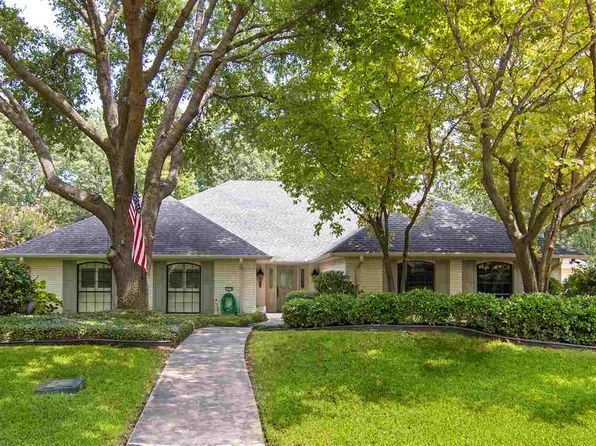 4 bed 4 bath Single Family at 1410 Sleepy Hollow Ln Longview, TX, 75604 is for sale at 329k - 1 of 38