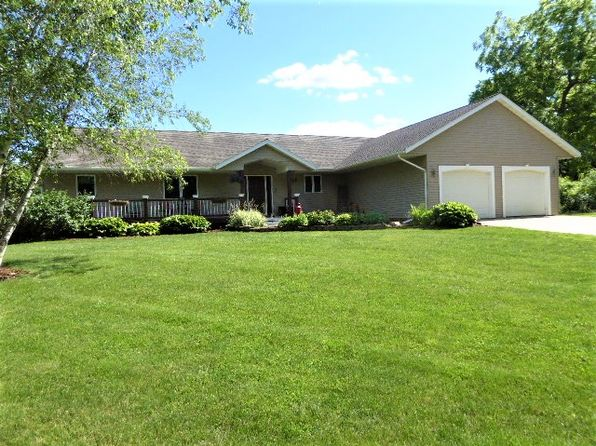 4 bed 3 bath Single Family at W11035 COTTONWOOD LN STOCKHOLM, WI, 54769 is for sale at 266k - 1 of 40