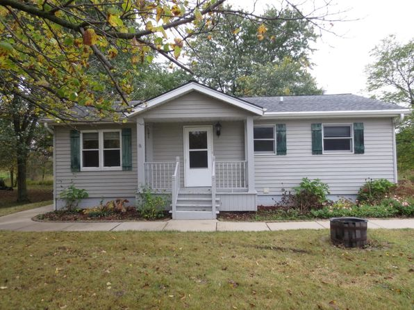 3 bed 2 bath Single Family at 5955 S Martin Rd New Berlin, WI, 53146 is for sale at 200k - 1 of 22