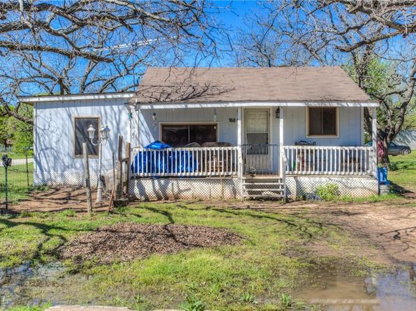 2 bed 1 bath Single Family at 168 County Road 4875 Newark, TX, 76071 is for sale at 225k - 1 of 12