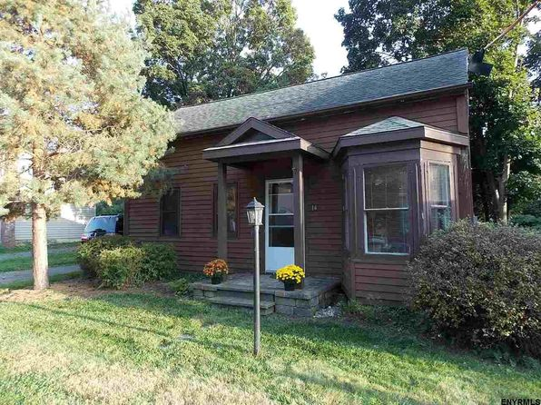2 bed 1 bath Single Family at 14 Halfmoon Dr Waterford, NY, 12188 is for sale at 125k - 1 of 20