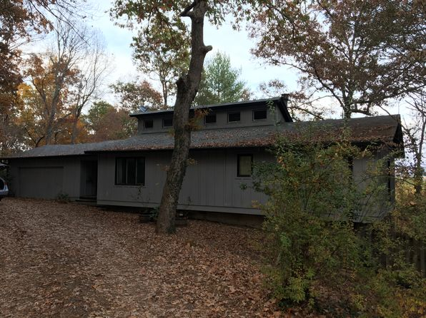 2 bed 2 bath Single Family at 124 Hickory Ridge Cir Hayesville, NC, 28904 is for sale at 136k - 1 of 16