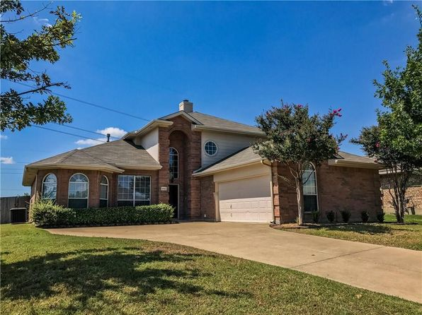 4 bed 3 bath Single Family at 3820 Cedar Creek Ln Sachse, TX, 75048 is for sale at 299k - 1 of 14
