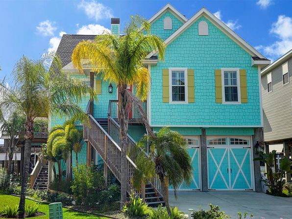 3 bed 3 bath Single Family at 211 Lokai St Tiki Island, TX, 77554 is for sale at 871k - 1 of 32