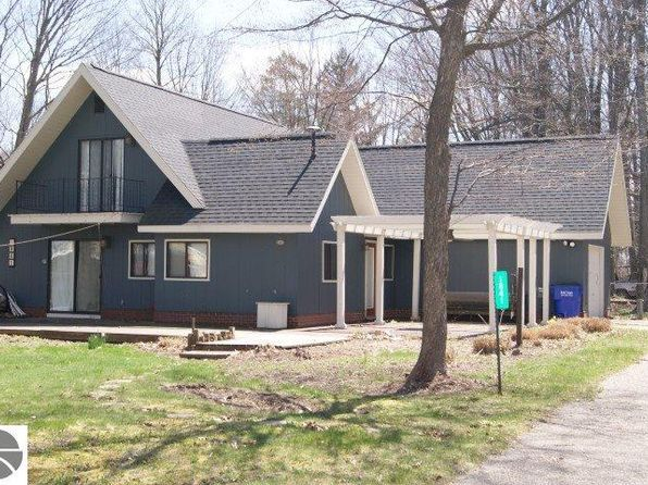 3 bed 2 bath Single Family at 1841 S Division St Lake City, MI, 49651 is for sale at 165k - 1 of 39