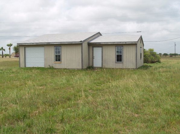 3 bed 2 bath Single Family at 70 Sardine Palacios, TX, 77465 is for sale at 40k - 1 of 9