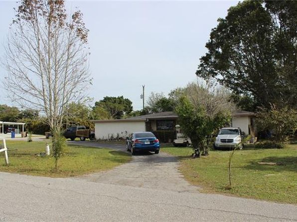 2 bed 2 bath Single Family at 190 VERMONT AVE FORT MYERS, FL, 33905 is for sale at 135k - 1 of 13