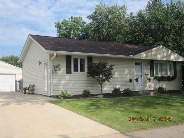 3 bed 3 bath Single Family at 3810 4th St East Moline, IL, 61244 is for sale at 147k - 1 of 24