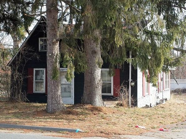 2 bed 1 bath Single Family at 83 Eagle St Ware, MA, 01082 is for sale at 50k - 1 of 18