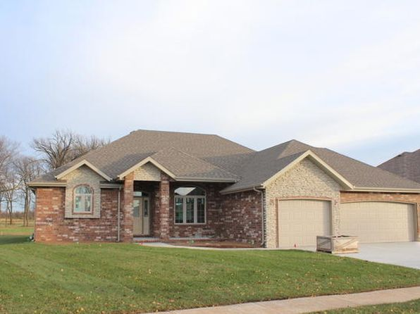 3 bed 3 bath Single Family at 3615 W WAYLAND ST SPRINGFIELD, MO, 65807 is for sale at 315k - 1 of 2