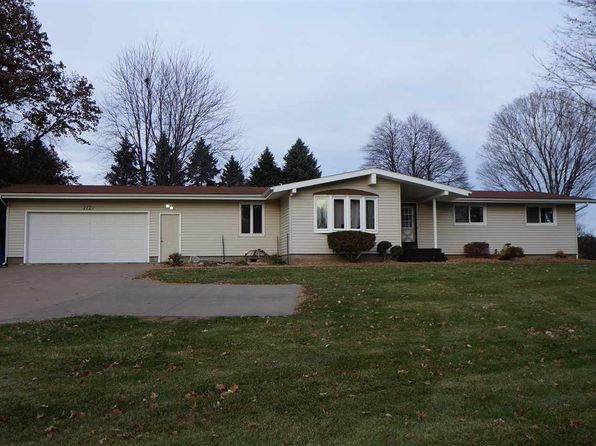 4 bed 2 bath Single Family at 117 Valley Heights Rd Blue Grass, IA, 52726 is for sale at 255k - 1 of 24