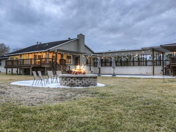 5 bed 5 bath Single Family at 19 WILDERNESS TRL FRIENDSWOOD, TX, 77546 is for sale at 935k - 1 of 50