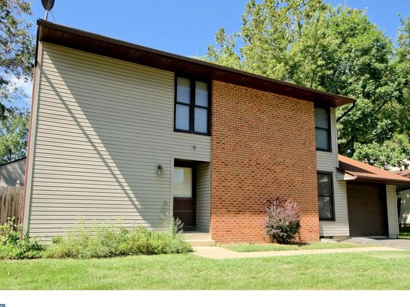 4 bed 3 bath Single Family at 18 Pennington Rd East Windsor, NJ, 08520 is for sale at 290k - 1 of 25