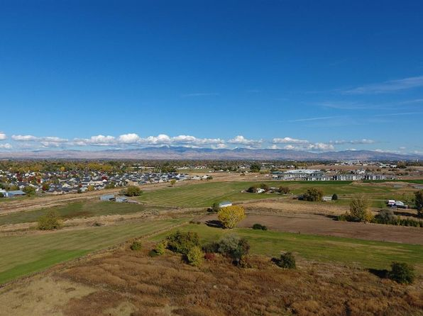 4 bed null bath Vacant Land at 286 N Black Cat Rd Meridian, ID, 83642 is for sale at 425k - 1 of 6