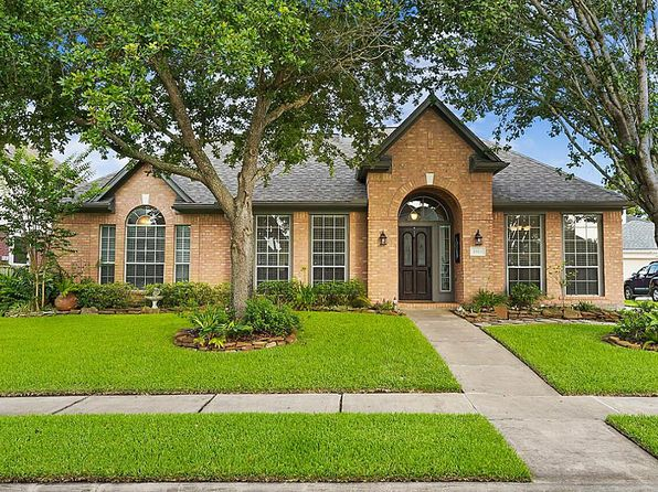 3 bed 2 bath Single Family at 2513 Evergreen Dr Pearland, TX, 77581 is for sale at 242k - 1 of 21