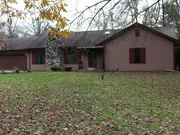3 bed 3 bath Single Family at W342S4605 Moraine Hills Dr Dousman, WI, 53118 is for sale at 390k - 1 of 15