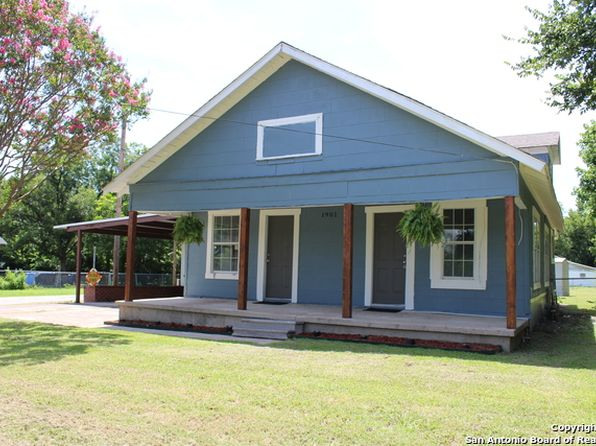3 bed 1 bath Single Family at 1901 W 13th Ave Corsicana, TX, 75110 is for sale at 68k - 1 of 15