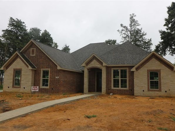 4 bed 2 bath Single Family at 106 Nathan Dr Chandler, TX, 75758 is for sale at 284k - 1 of 10
