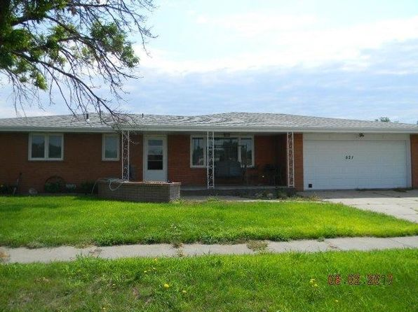 3 bed 2 bath Single Family at 521 Poplar St Sutherland, NE, 69165 is for sale at 160k - 1 of 5