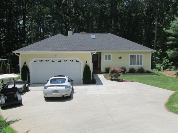2 bed 2 bath Single Family at 69 Sierra Ct Blairsville, GA, 30512 is for sale at 198k - 1 of 23