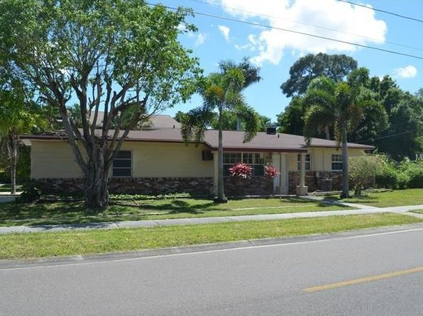3 bed 2 bath Single Family at 1590 Connecticut Ave NE Saint Petersburg, FL, 33703 is for sale at 200k - 1 of 7