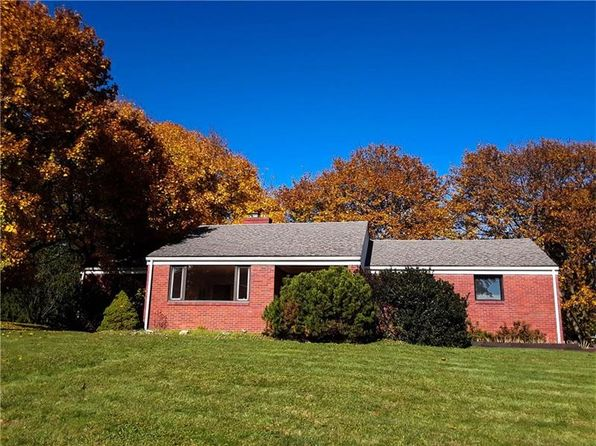 2 bed 2 bath Single Family at 1546 Crestview Dr Pittsburgh, PA, 15237 is for sale at 245k - 1 of 25