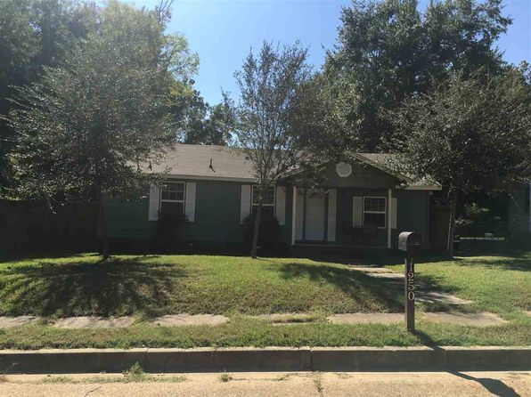 3 bed 2 bath Single Family at 1250 MYRTLE ST KILGORE, TX, 75662 is for sale at 85k - 1 of 15
