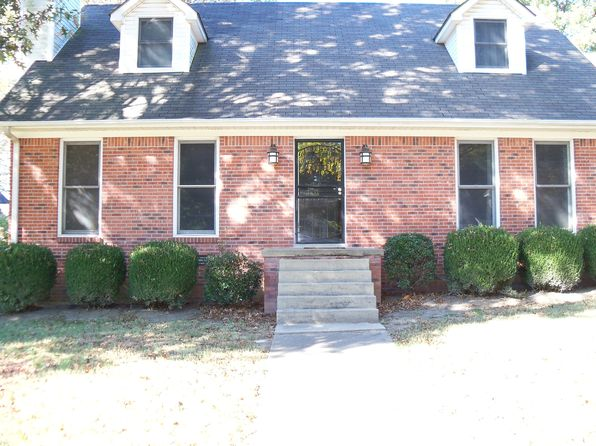 3 bed 3 bath Single Family at 321 Oakleigh Dr Dyersburg, TN, 38024 is for sale at 199k - 1 of 23