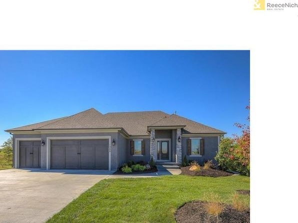 4 bed 3 bath Single Family at 1201 Serenity Ct Raymore, MO, 64083 is for sale at 547k - 1 of 17