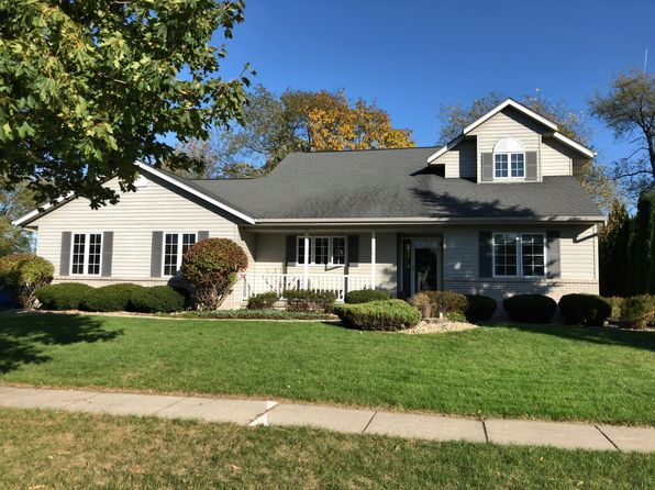 3 bed 3 bath Single Family at 104 Heather Dr Cottage Grove, WI, 53527 is for sale at 320k - 1 of 20