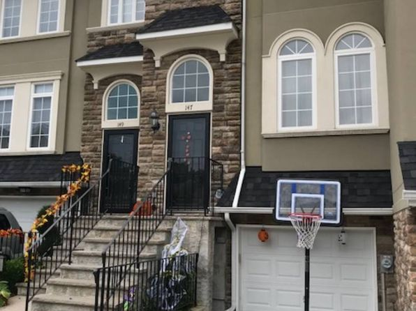 3 bed 2 bath Townhouse at 147 Presentation Cir Staten Island, NY, 10312 is for sale at 599k - 1 of 24