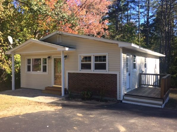 3 bed 1 bath Single Family at 320 Queen St Boscawen, NH, 03303 is for sale at 197k - 1 of 12