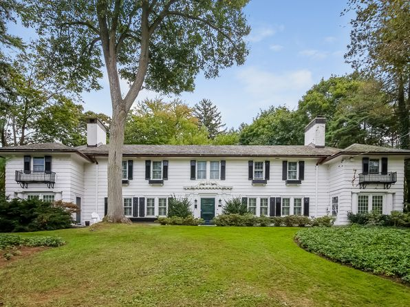 4 bed 4 bath Single Family at 1 WELLINGTON AVE NEW ROCHELLE, NY, 10804 is for sale at 1.50m - 1 of 31