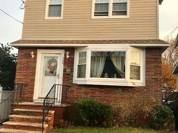 4 bed 3 bath Single Family at 708 6th St Lyndhurst, NJ, 07071 is for sale at 498k - 1 of 13