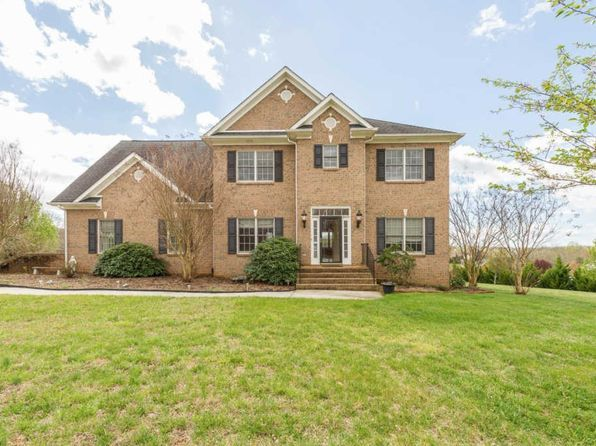 5 bed 5 bath Single Family at 1091 Gilfield Dr Forest, VA, 24551 is for sale at 395k - 1 of 60