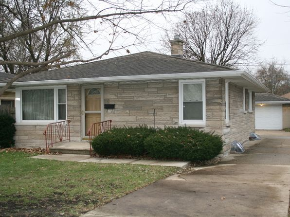 2 bed 1 bath Single Family at 205 Dwight Ave Joliet, IL, 60436 is for sale at 120k - 1 of 11