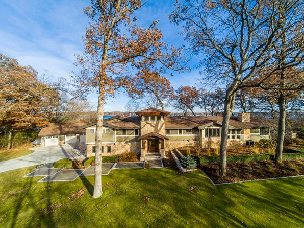 4 bed 4 bath Single Family at 3200 Stonebridge Isle Delafield, WI, 53018 is for sale at 1.58m - 1 of 25