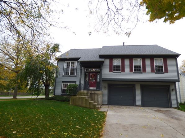 4 bed 3 bath Single Family at 1139 Clover Hill Ln Elgin, IL, 60120 is for sale at 230k - 1 of 21