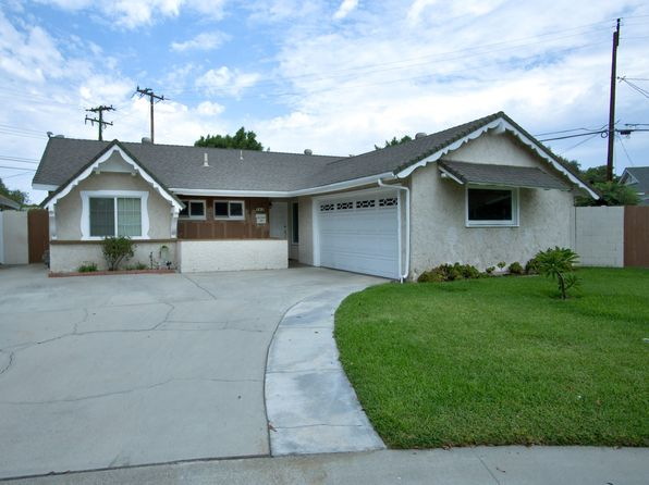 3 bed 2 bath Single Family at 702 S Arapaho Dr Santa Ana, CA, 92704 is for sale at 580k - 1 of 27