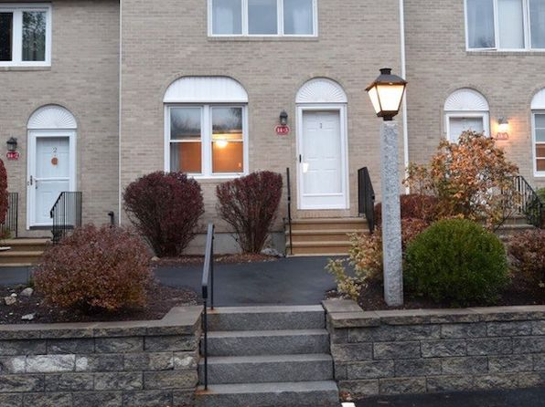 2 bed 1.5 bath Townhouse at 14 Oakwood Cir Goffstown, NH, 03045 is for sale at 155k - 1 of 8