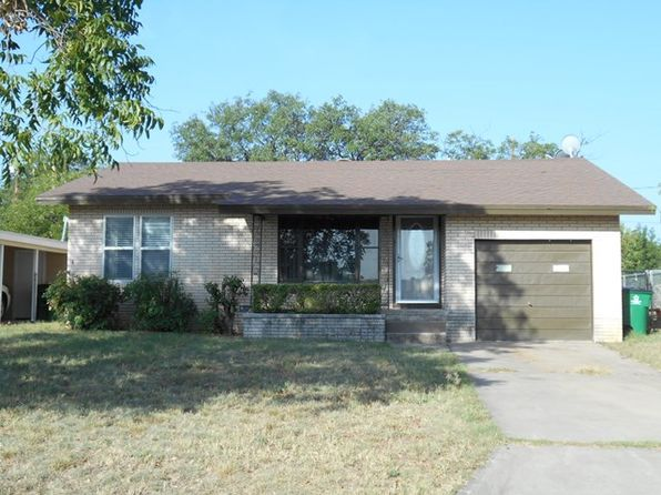 4 bed null bath Single Family at 1017 N Bishop St San Angelo, TX, 76901 is for sale at 124k - 1 of 17