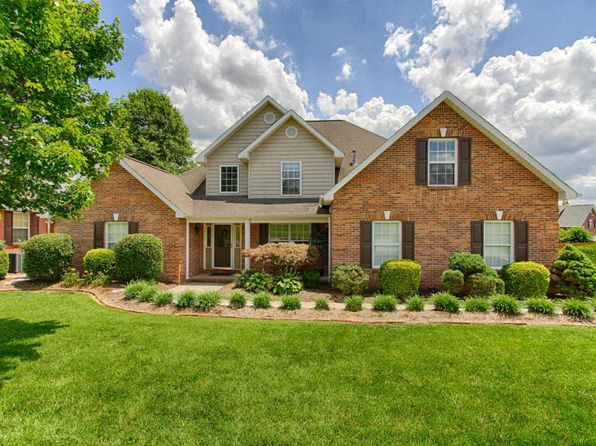 4 bed 3 bath Single Family at 4028 Cedar Crossing Rd Knoxville, TN, 37938 is for sale at 300k - 1 of 22