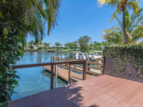 3 bed 2 bath Single Family at 1675 Bowood Rd North Palm Beach, FL, 33408 is for sale at 695k - 1 of 27